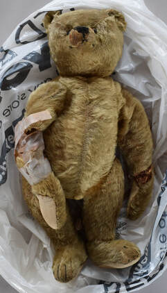 C Type Removeable Adjustable Doll Teddy Bear Action Figure Holder Supporter